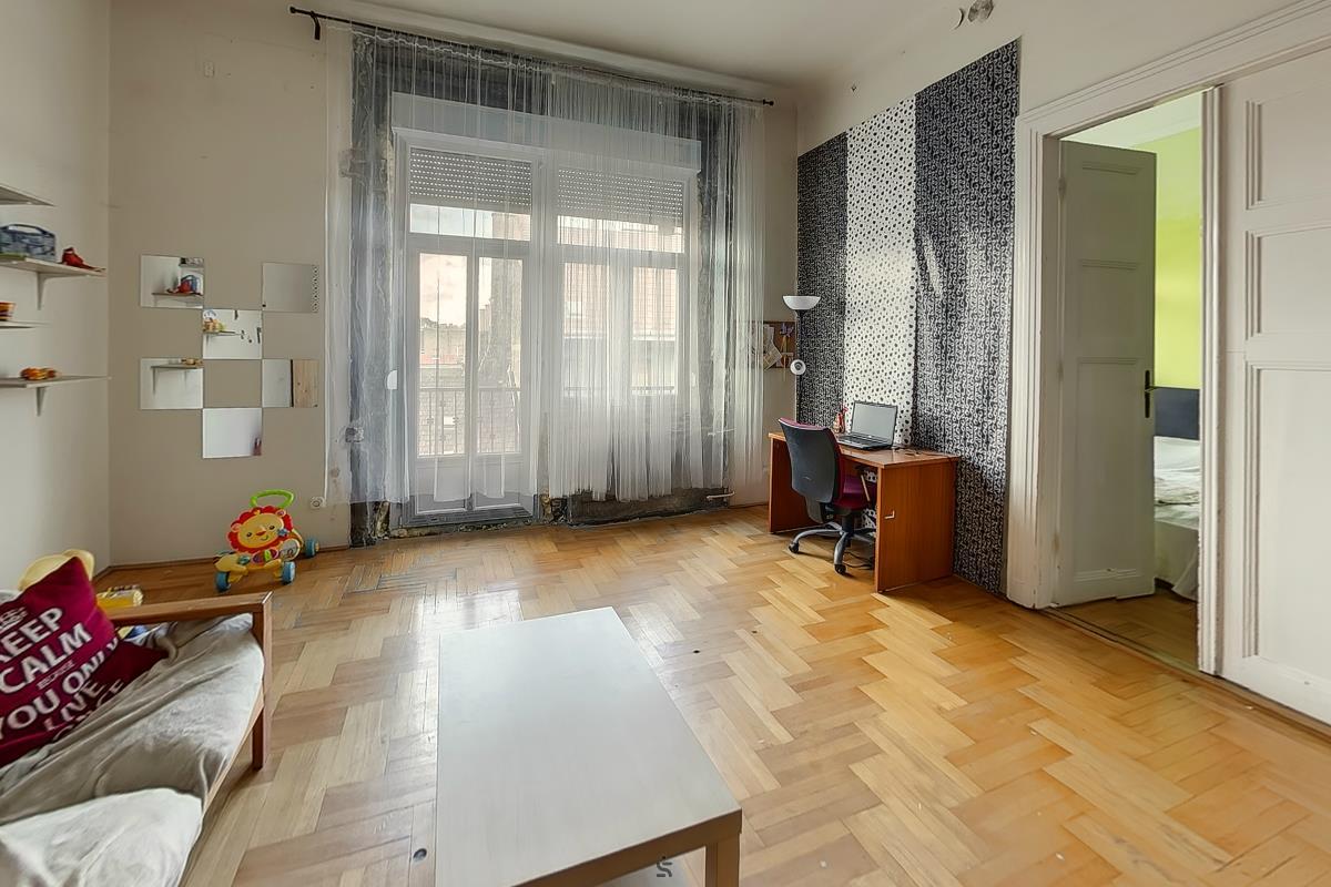 Ingatlanséta - Eladó ingatlan Budapest 07 1822061