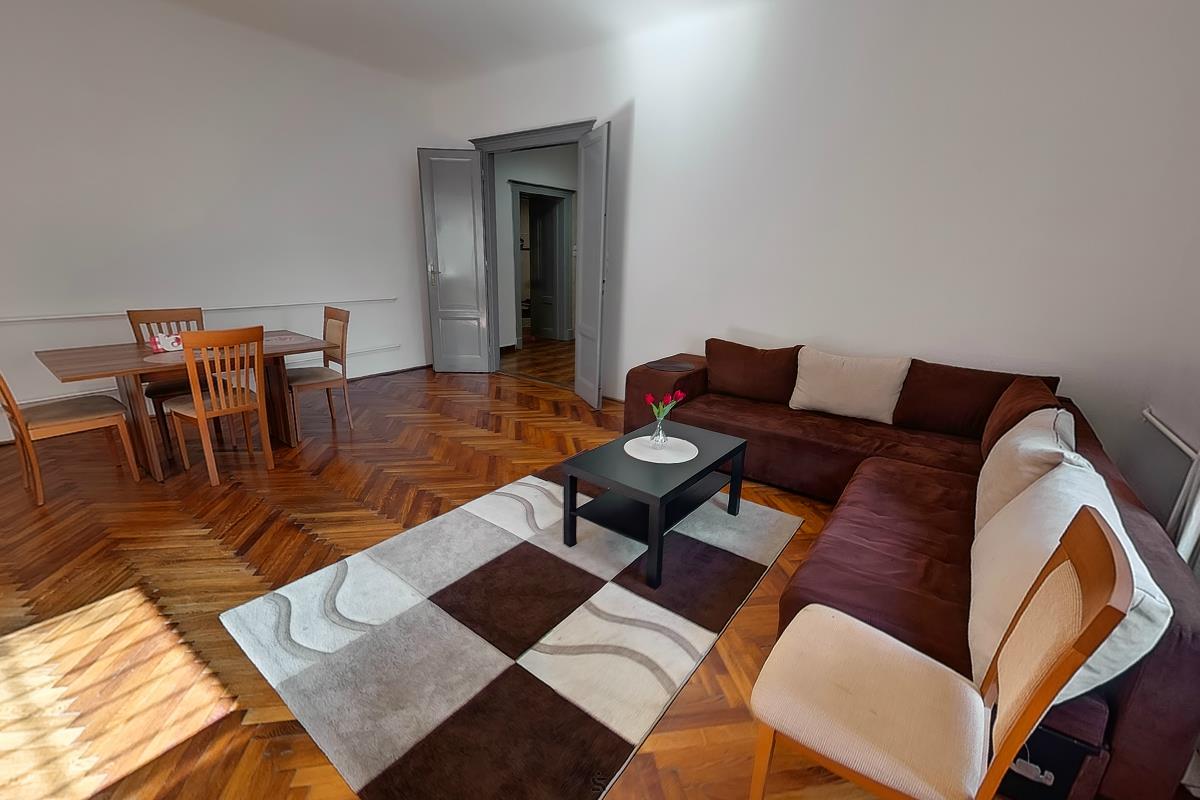 Ingatlanséta - Eladó ingatlan Budapest 02 1822913