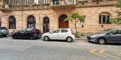 Ingatlanséta - Eladó ingatlan Budapest 07 1823109