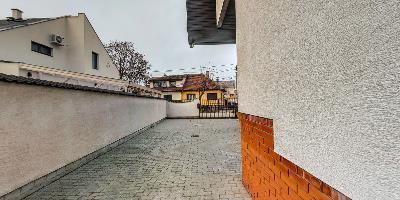 Ingatlanséta - Eladó ingatlan Budapest 03 1823764