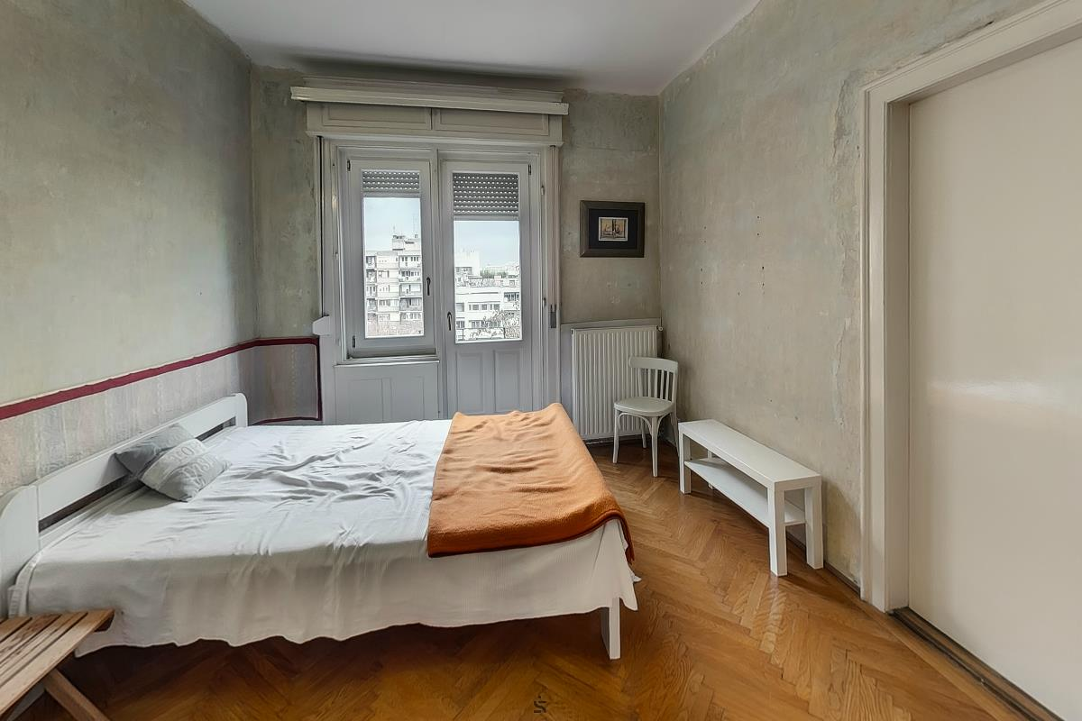 Ingatlanséta - Eladó ingatlan Budapest 02 1823851