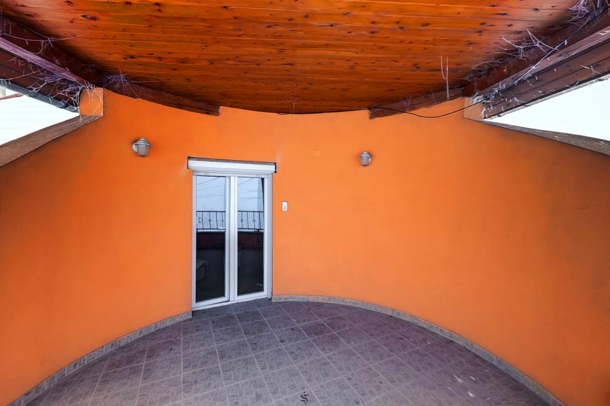 Ingatlanséta - Eladó ingatlan Domony 1823900