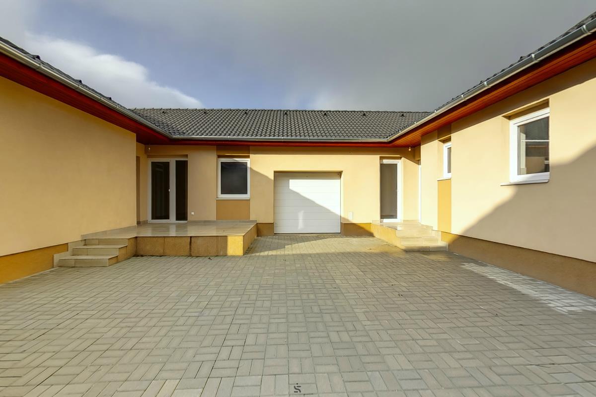 Ingatlanséta - Eladó ingatlan Lajosmizse  2131581