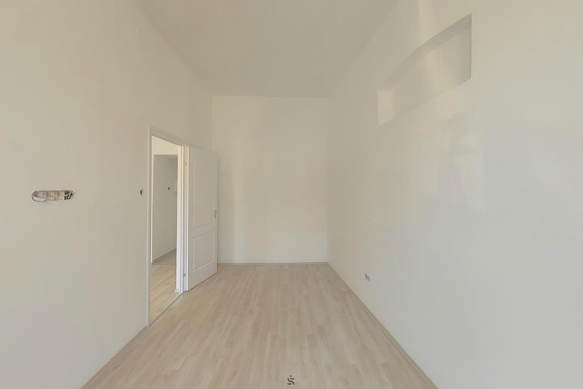 Ingatlanséta - Eladó ingatlan Gyöngyös  2131891
